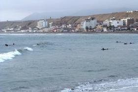 Huanchaco, surferzy