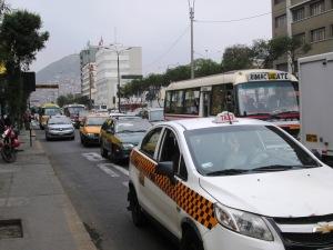 Ruch uliczny to jeden z większych problemów latynoskich miast