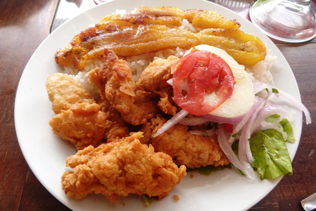 Peruwianskie Potrawy Czyli Surowe Ryby Swinki Morskie I Ryz Z