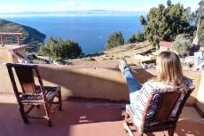 """Widok z """"posady"""" na jezioro Titicaca"""