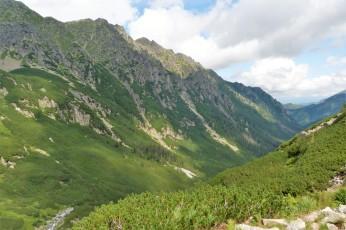 Dolina Roztoki widziana z Doliny Pięciu Stawów
