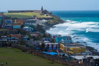 Widok na La Perlę i El Morro z drugiej fortecy