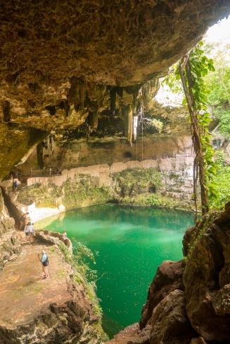 Cenote Zaci w Valladolid