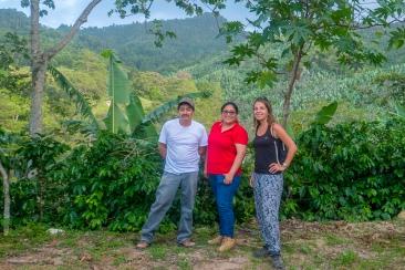 Na rodzinnej plantacji kawy